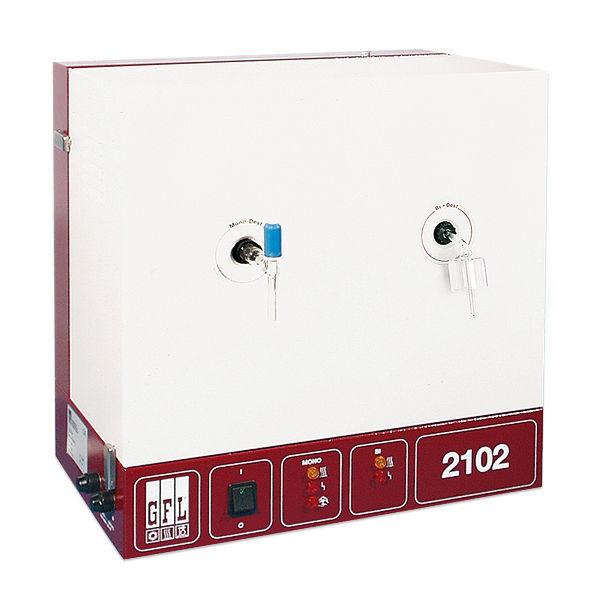 Laboratory water still / double / automatic